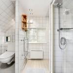2 Badezimmer mit WC und Dusche