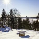 Der Winter kann viel Schnee mit Optionen von Ski- und Schlittschuhlaufen bringen.